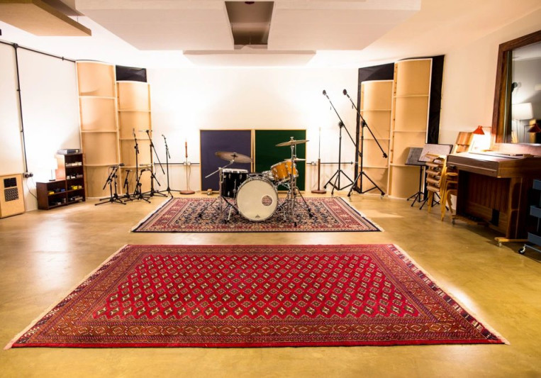 Hohm Recording Studio on SoundBetter