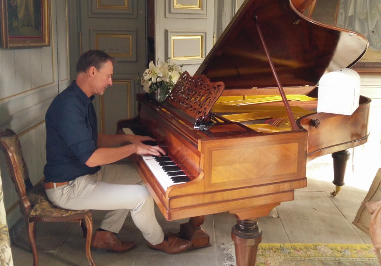 Bruno Rodenbach on SoundBetter