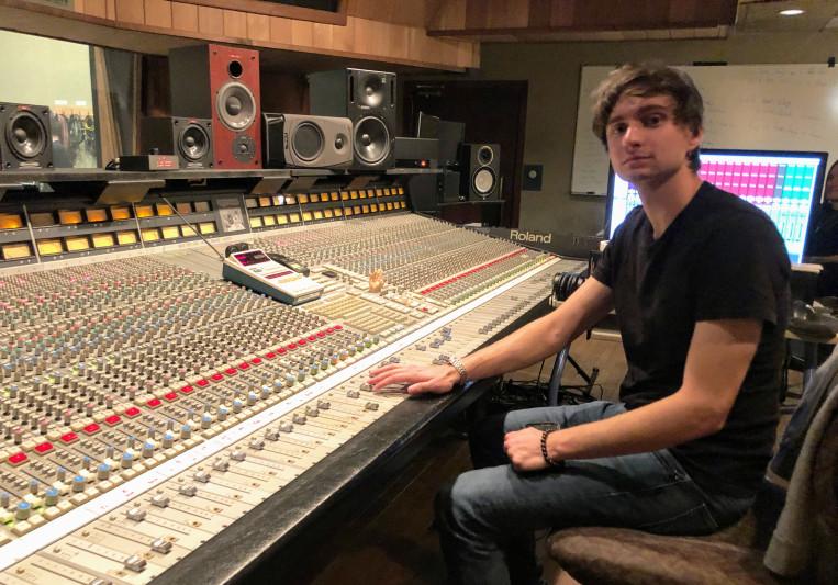 Daniel Bailey on SoundBetter