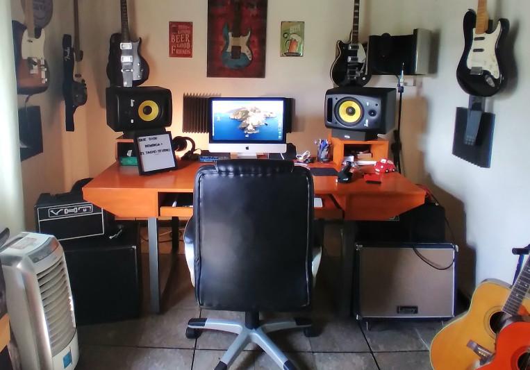El Tacho Studio on SoundBetter