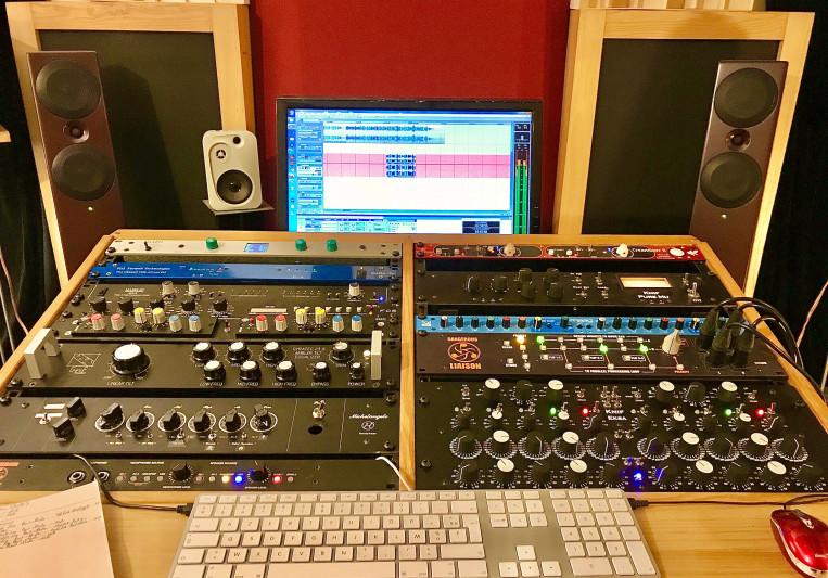 Simon Lancelot on SoundBetter