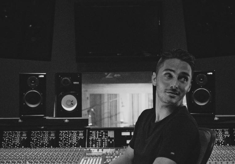 Alex Marshall on SoundBetter