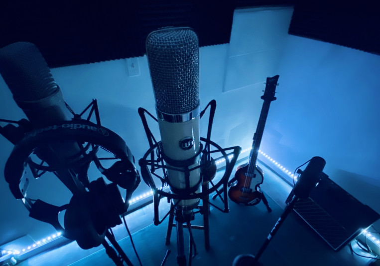 SosH studios on SoundBetter