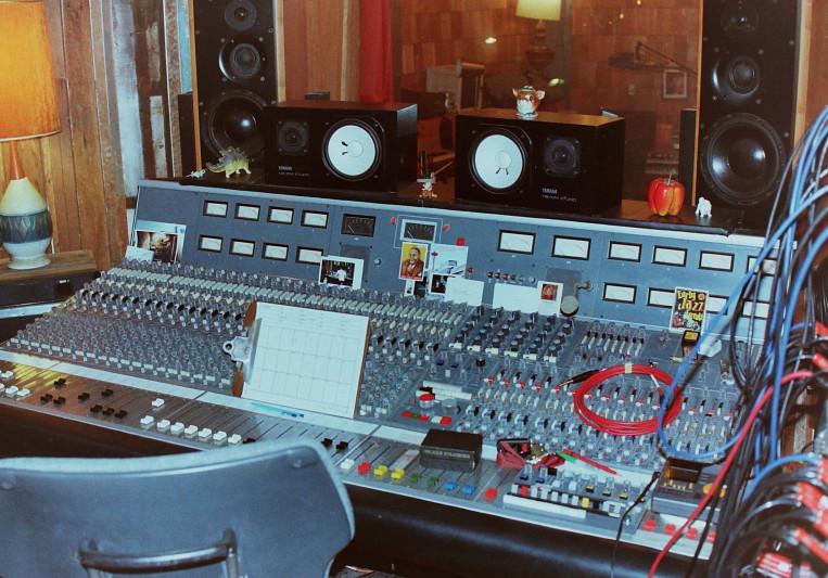 Omar Akrouche on SoundBetter
