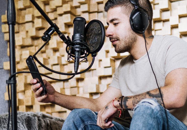 Cobuz on SoundBetter