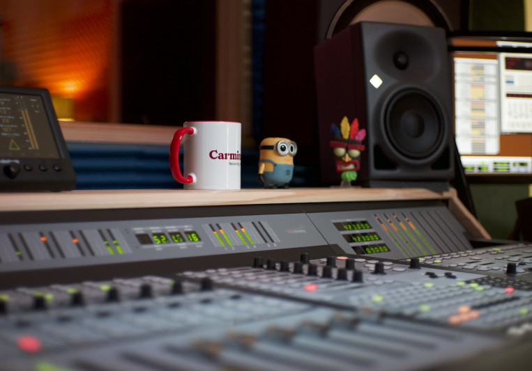 Carmina Studio on SoundBetter