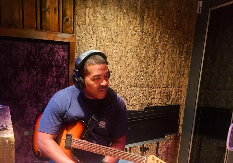 Ronny Smith on SoundBetter