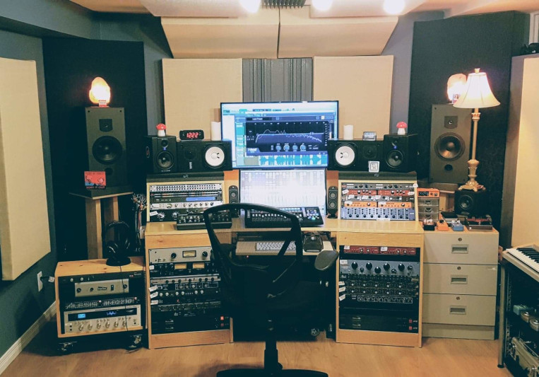Diesel Dungeon Studio on SoundBetter