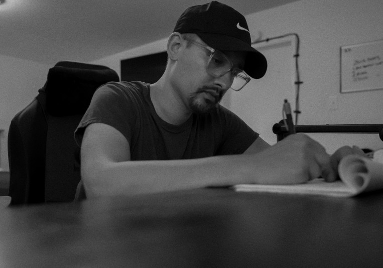 Christopher Everson on SoundBetter