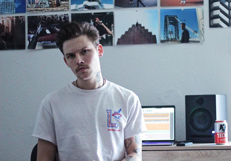 Jonny Lutz on SoundBetter