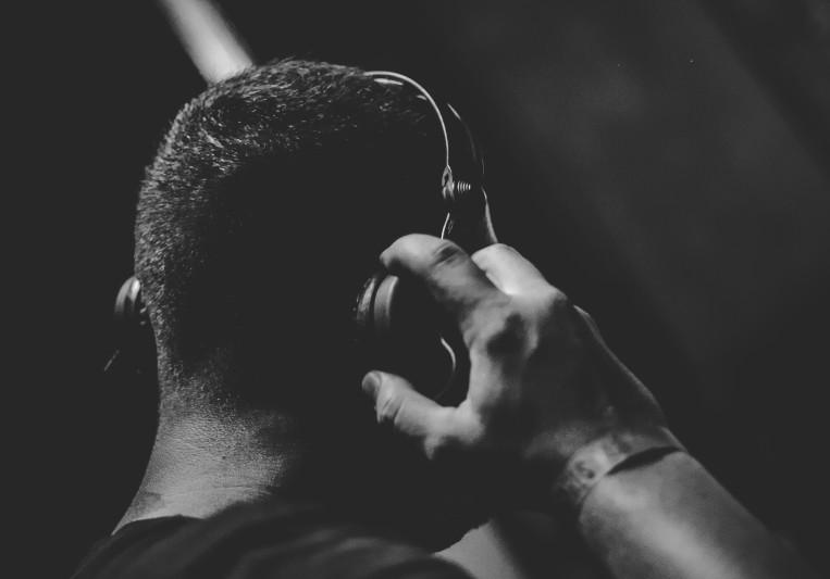 Mario Domjan on SoundBetter