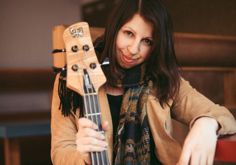 Ida Hollis on SoundBetter