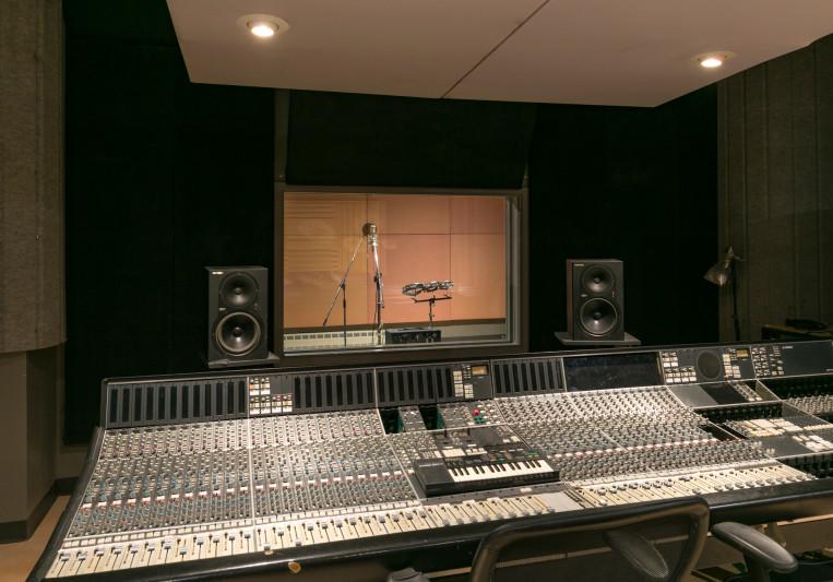 Matias- Redwood Music on SoundBetter