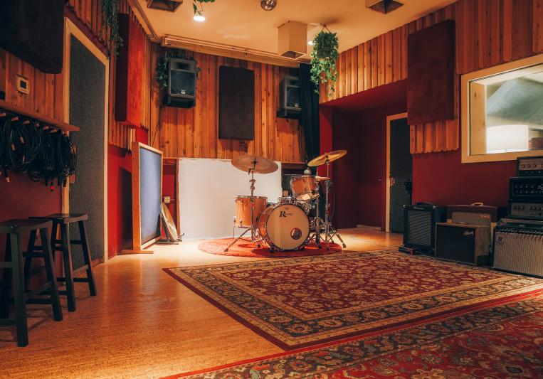 Hen House Recording on SoundBetter