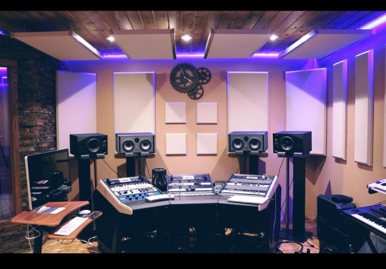 Aaron Asher on SoundBetter