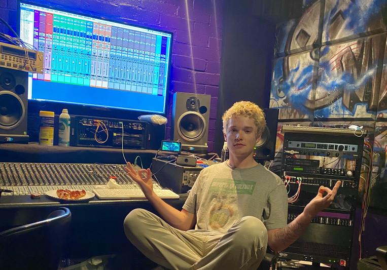 Webster The Kat on SoundBetter