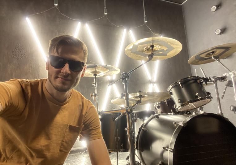 Dangry Grossarth on SoundBetter