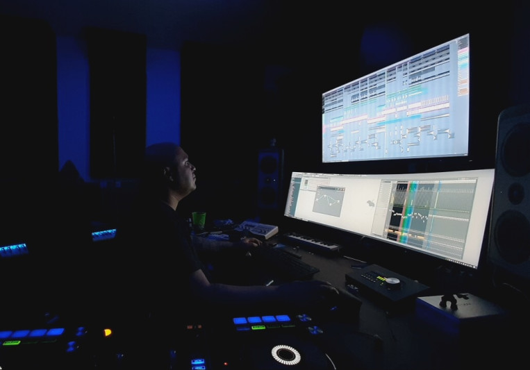 Dazzo on SoundBetter