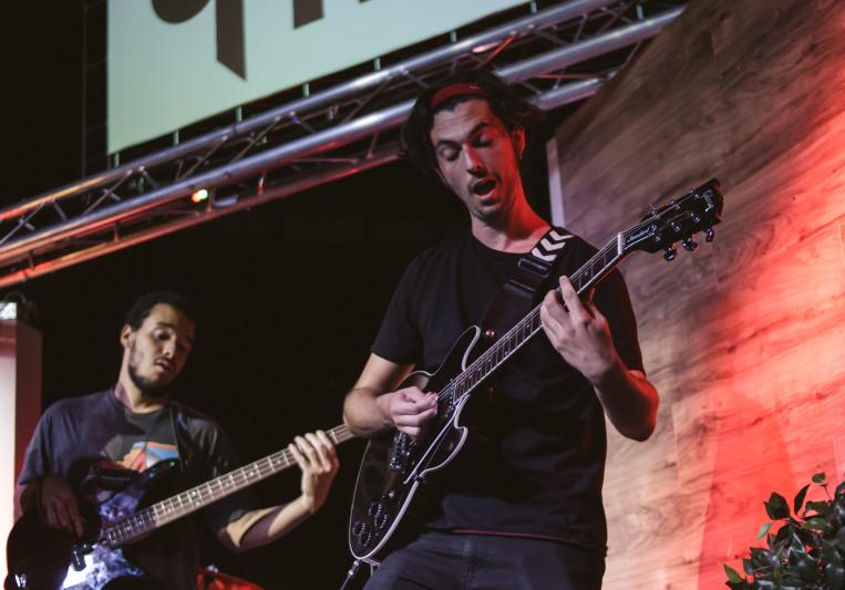 Jules Martinez Guitarist on SoundBetter