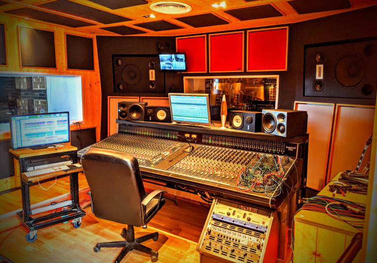 Music2Records on SoundBetter