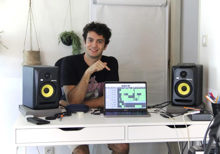 Julian Stella on SoundBetter
