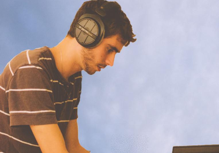 Talketto on SoundBetter