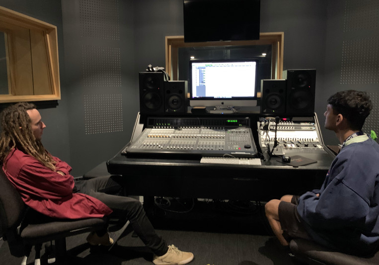 Limitless Sound Studios on SoundBetter