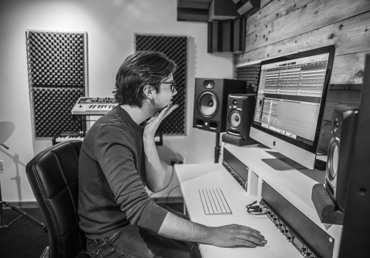 Edward Sargisson on SoundBetter