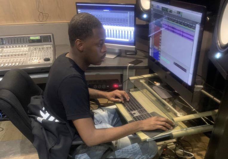 MigoBacon on SoundBetter