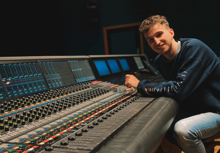 Sam Day on SoundBetter