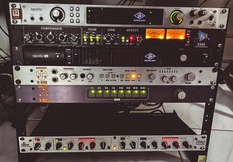 Damian Hall - Satellite Ears on SoundBetter