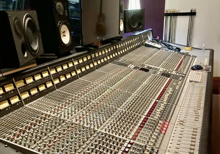 MixedByJBos on SoundBetter