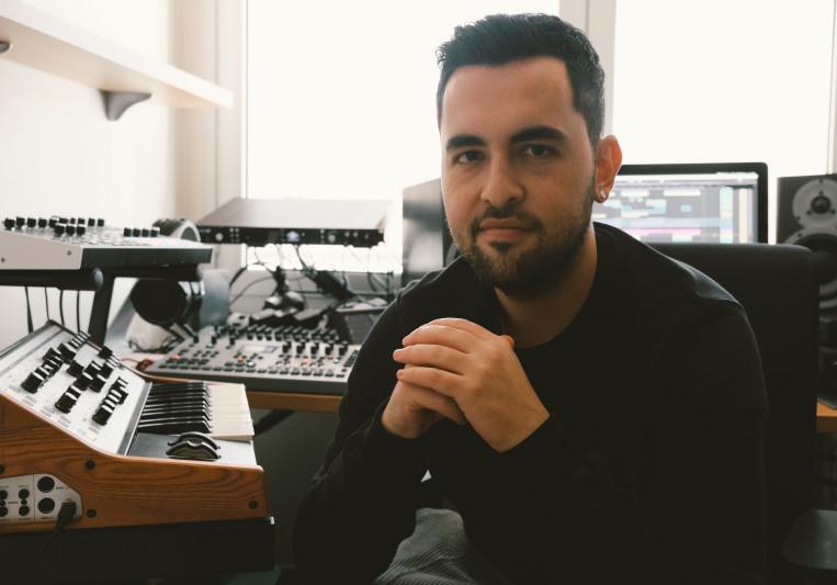 Sergio Munoz (Fur Coat) on SoundBetter