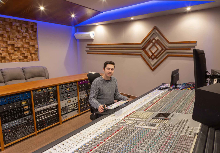 Matteo Gallus on SoundBetter