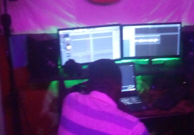 ChinX Roots on SoundBetter