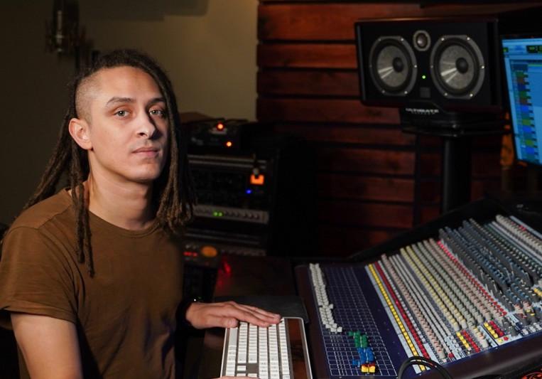 Aaron Van Allen on SoundBetter