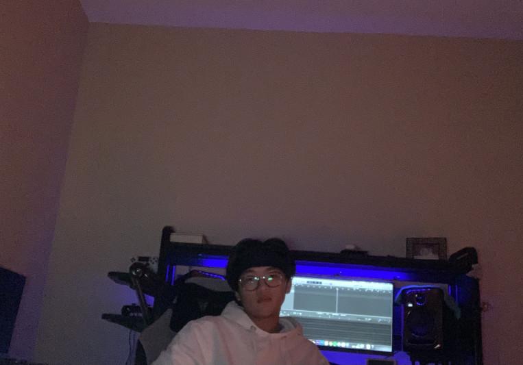 Foxela on SoundBetter