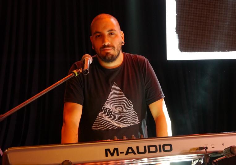 Pablo Félix (keyboardist) on SoundBetter