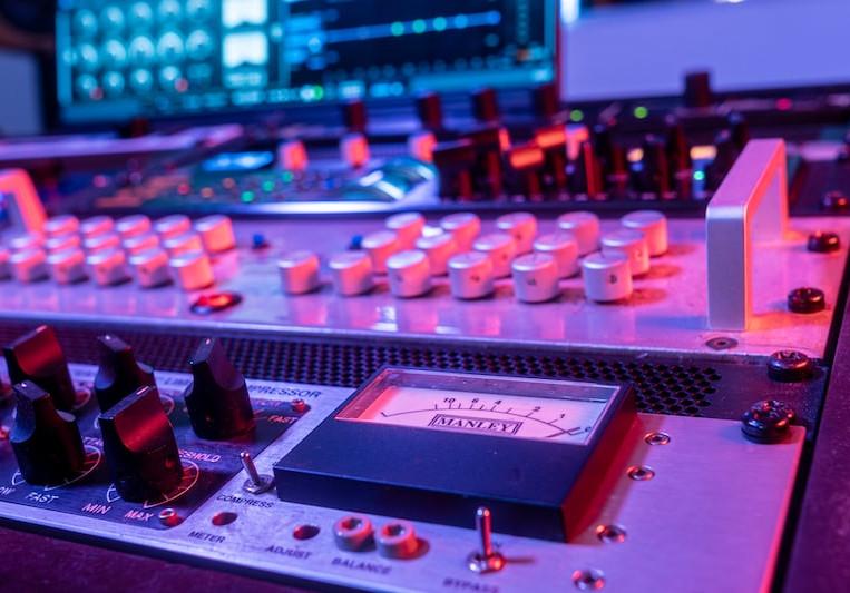 Mastering Studio IO on SoundBetter