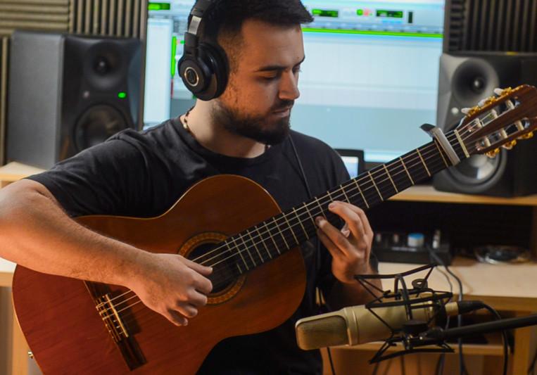 Francisco Alvarez Capdevila on SoundBetter