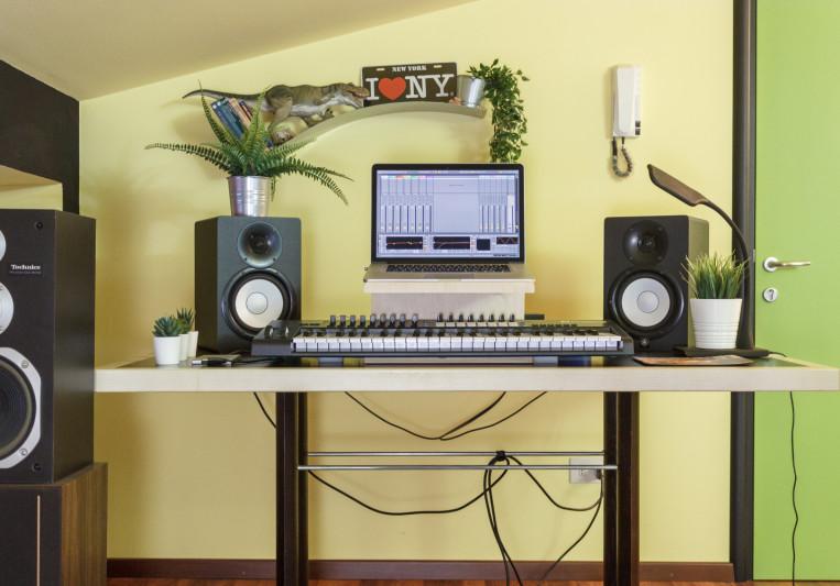James Envoud on SoundBetter