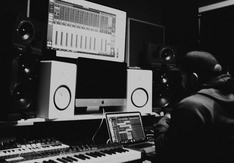 Johnny Sidney Davis on SoundBetter