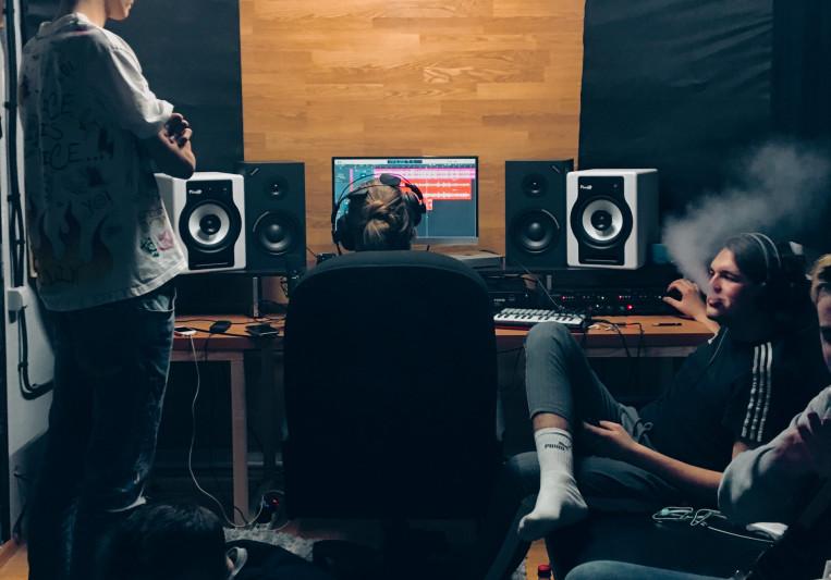 ALMA Studio B on SoundBetter