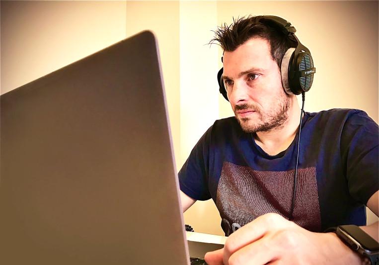 Alberto Alonso on SoundBetter