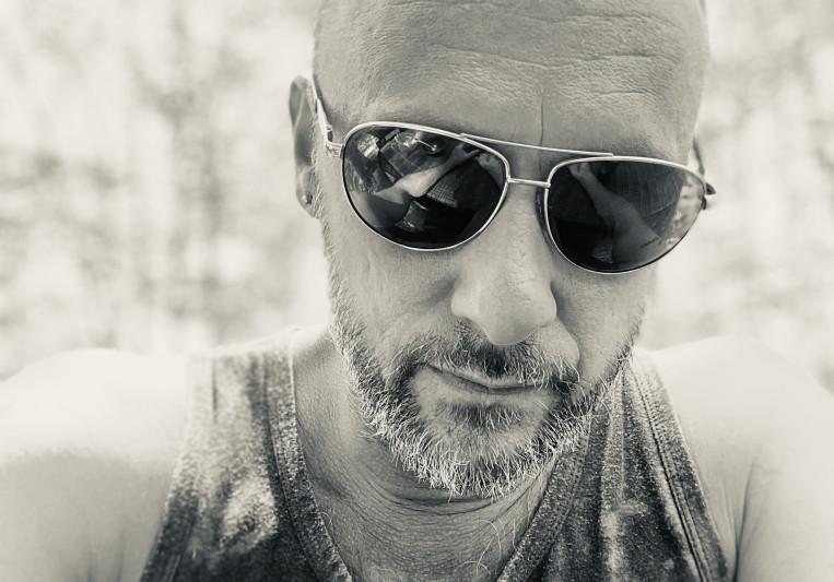 Derek lathrop on SoundBetter