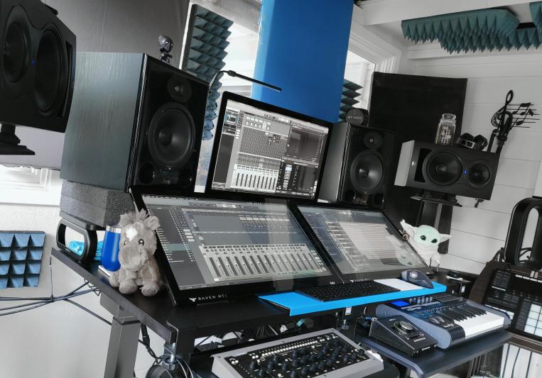 MoMakkiMusic on SoundBetter