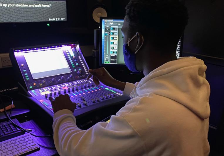Darren Bello Music on SoundBetter