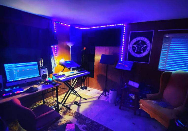 Burntsystems/ B20 on SoundBetter