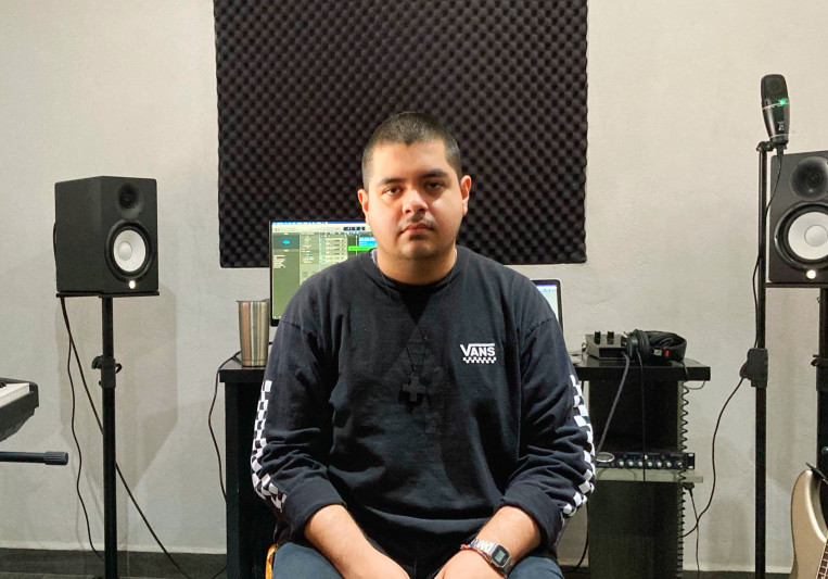 Daniel Longoria on SoundBetter