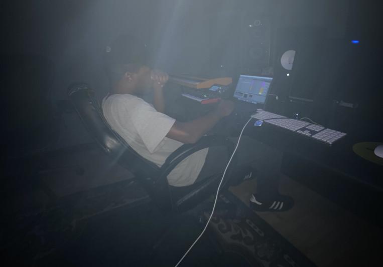 Dom-San on SoundBetter